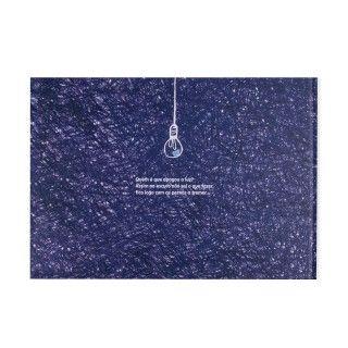"""Livro """"Um salto para o escuro"""" 5609232563199"""