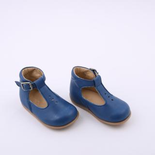 Sapatos pré-andantes