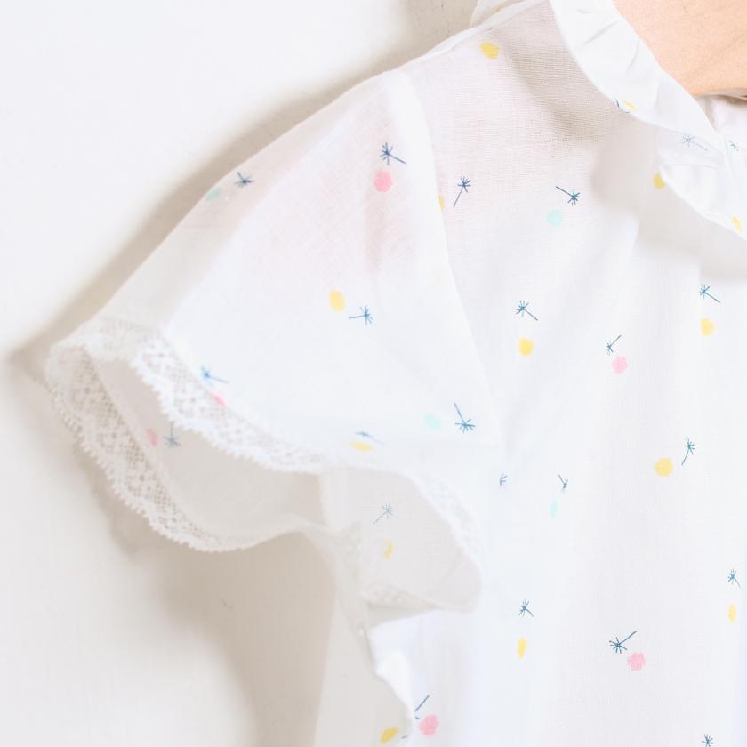 Blusa florzinhas