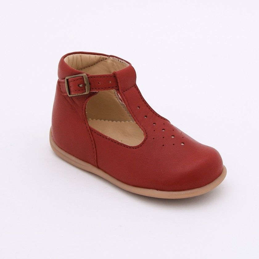Pre-walker tear drop shoes