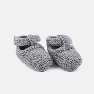 Botas tricotadas à mão