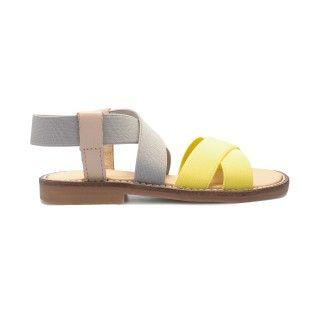 Sandálias com elásticos