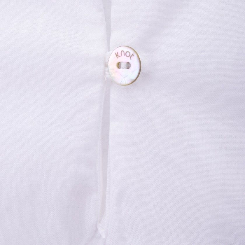 Blusa mangas bordadas