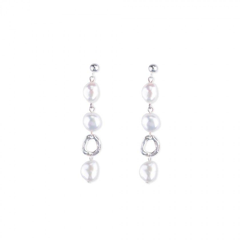 Silver earrings three pearls