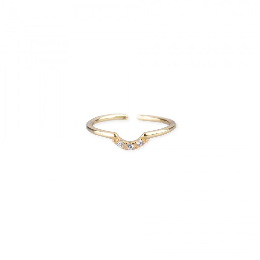 Golden silver ring with round detail