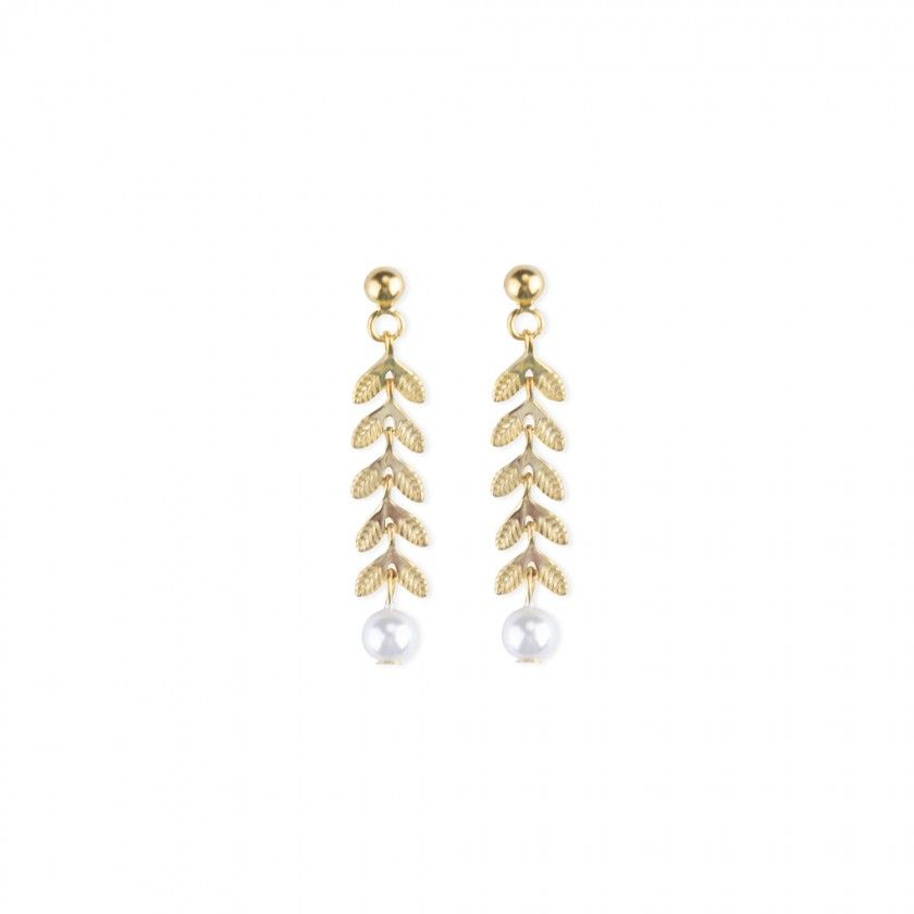 Golden silver earrings with leafs and a pearl