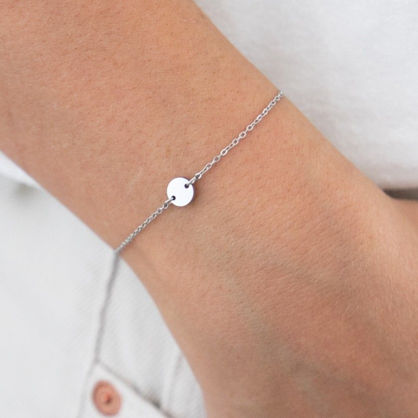 Silver stainless steel bracelet with small round plate