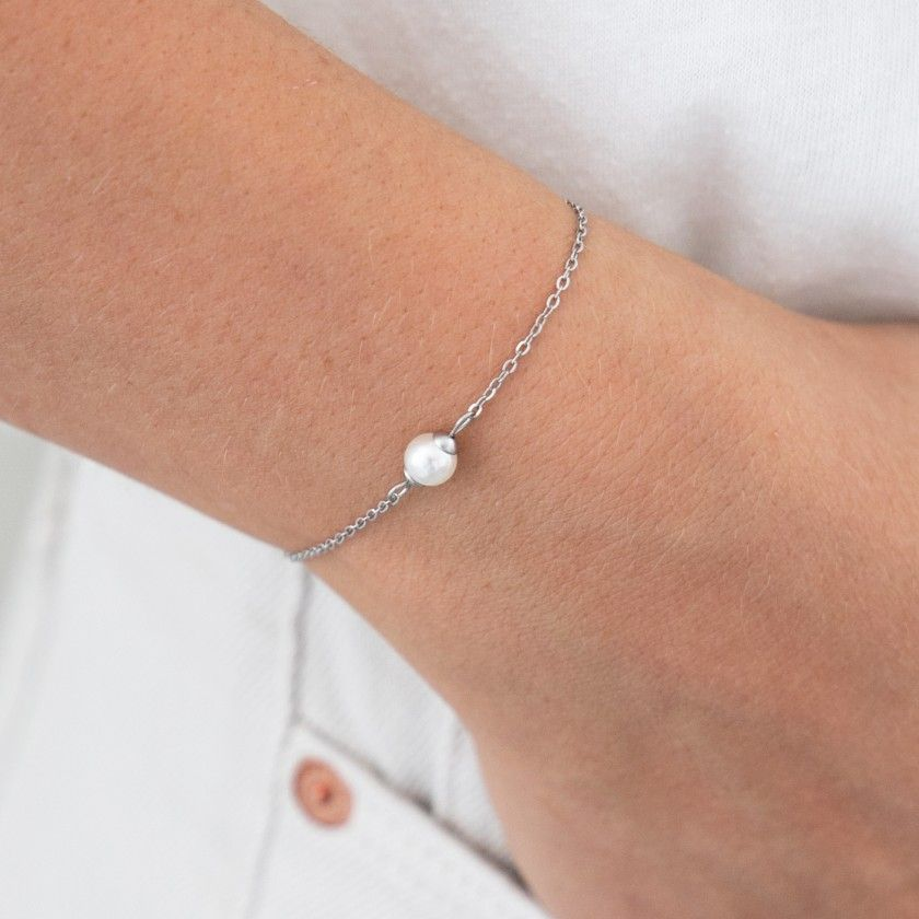 Silver stainless steel bracelet with pearl