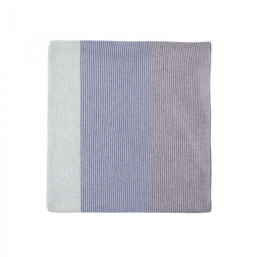 Newborn knitted blanket Taiki