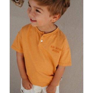 T-shirt manga curta menino algodão orgânico Brincar na rua